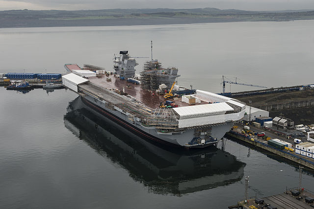 640px-HMS_Queen_Elizabeth_Under_Construction_MOD_45158465