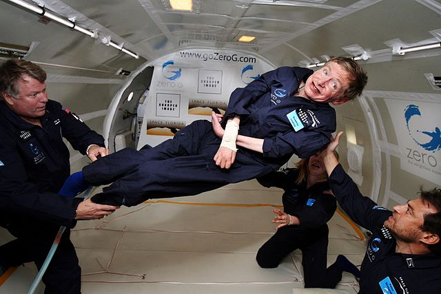 640px-Physicist_Stephen_Hawking_in_Zero_Gravity_NASA
