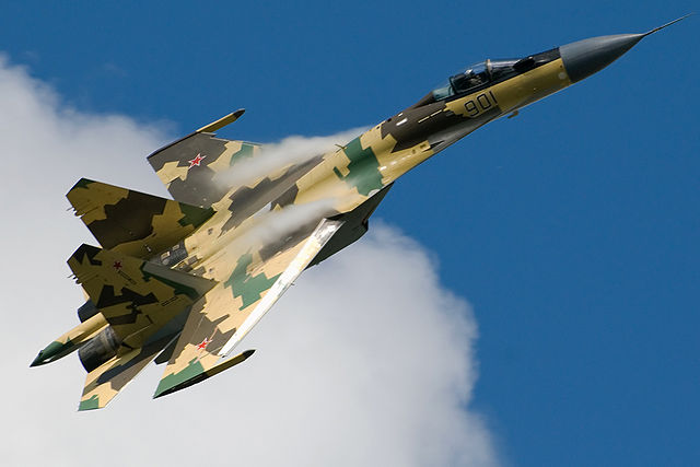 640px-Su-35_in_flight._(3826731912)