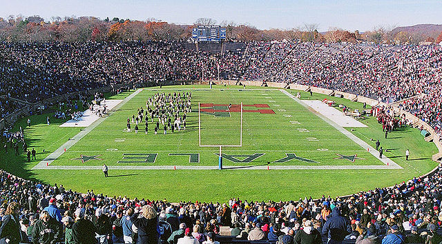 640px-Yale-Harvard-Game