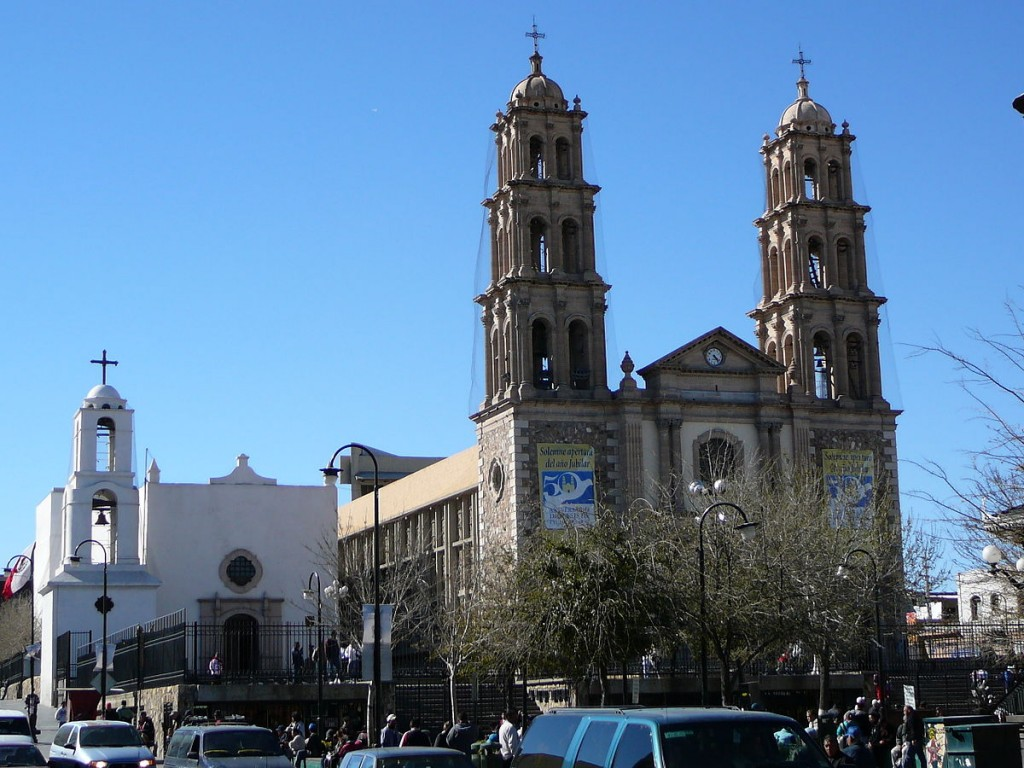 1200px-Juarez_Cathedrale_et_mission_24-02-2007
