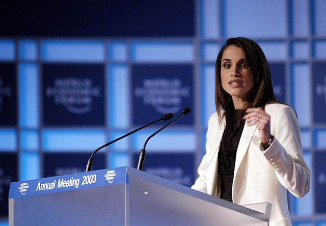 640px-Queen_Rania_-_World_Economic_Forum_Annual_Meeting_Davos_2003