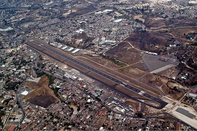 640px-Tegucigalpa_Airport_overview_OJEV