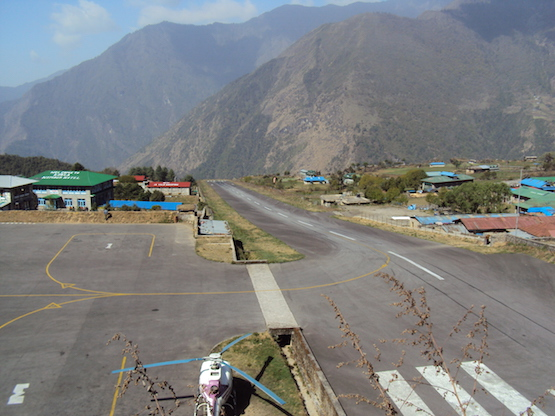 Lukla_Airport_April_2010
